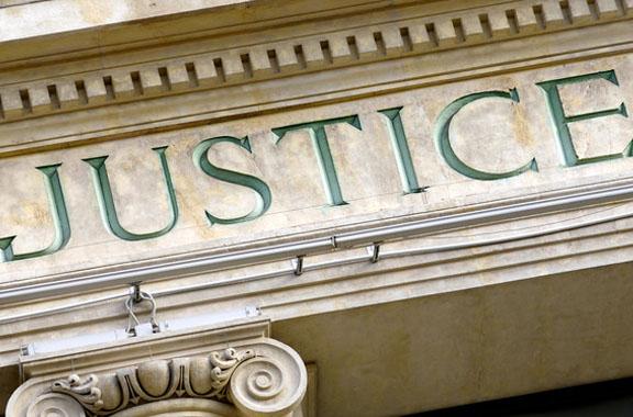 services juridiques droit Contentieux
