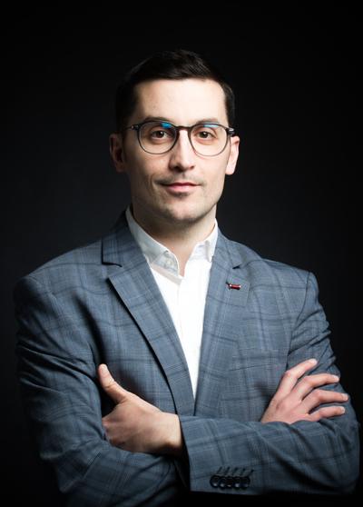Avocat droit public : Matthieu Champauzac