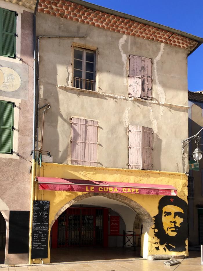 Vente de l'immeuble «CUBA CAFÉ» à MONTÉLIMAR (Mandataire immobilier)